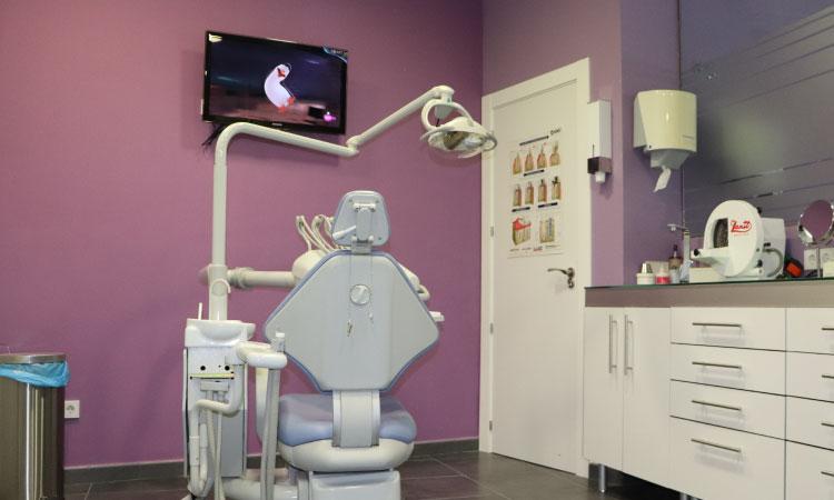 consulta-clinica-dental-mentrisalud-villa-del-prado-4